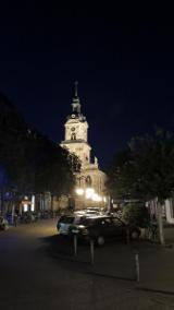 Die Basilika Sankt Johann bei Nacht