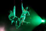Circus FlicFlac in Saarbrücken: Tuchfühlung