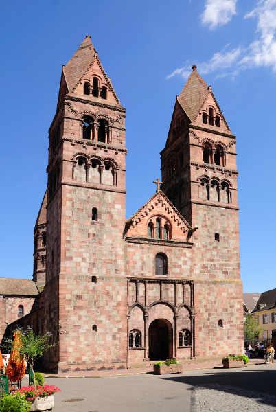 Église Sainte-Foy Sélestat: Doppelturmfassade