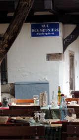 Nach dem Mittagessen vor dem Müllergässl in Straßburg von Hihawai