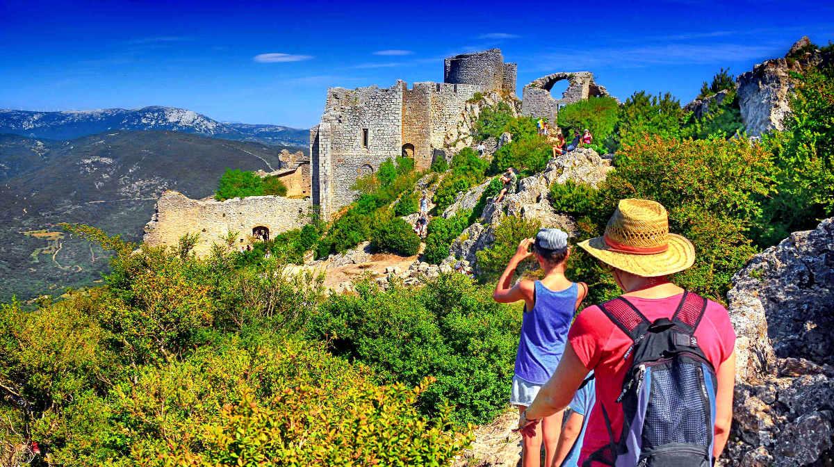 Bild aus : die Burg Peyrepertuse