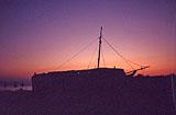 Schiffswrack am Strand von Marmari von Hihawai