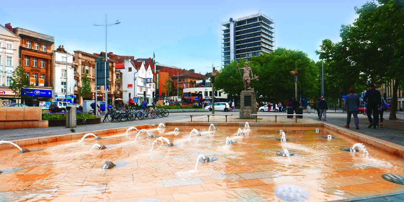 Neptun Statue in Bristol