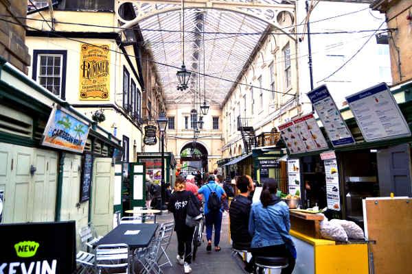 Sankt Nicholas Markets