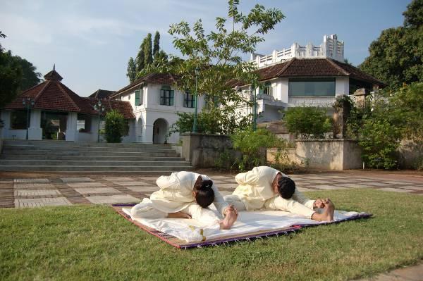 Sanfte Yoga-Übungen sind integraler Bestandteil des Anti-Stress-Programms