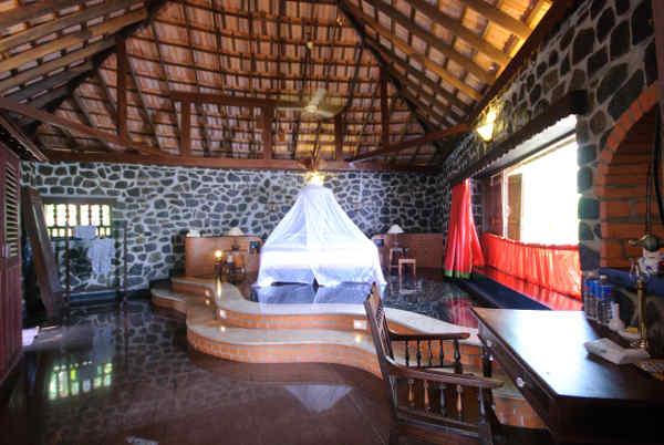 Schlafzimmer in der Sidharta Villa des Somatheeram Ayurvedic Health Resort