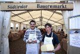 Südtiroler Bauernmarkt von Tourismusverein Schenna c/o Angelika Hermann-Meier PR