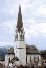 Höchster Kirchturm Tirols: Die Kirche in Imst  von Hihawai
