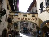 Römerhofgasse: Auracher Löchl von Hihawai
