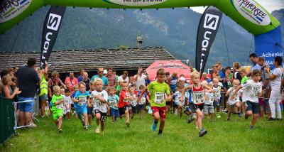 Die kleinen Läufer geben ihr Bestes: Beim Achensee-Kinderlauf am 02. September. von : werbegams.at via Achensee Tourismus / Kunz PR