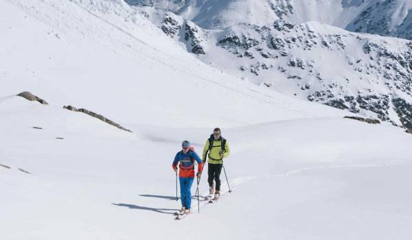 Rund um das Pitztaler Gletschergebiet öffnen sich grenzenlose Weiten für Skitourengeher
