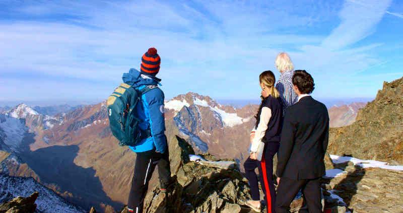 """Aussicht genießen, Einsicht finden: """"Mindful Mountain"""" im Pitztal."""