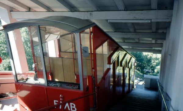 Kabine der Standseilbahn am Monte Bre - Lugano