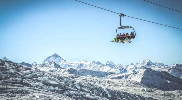 Winterpanorama Panorama vom Skigebiet Torrent, Leukerbad-Albinen