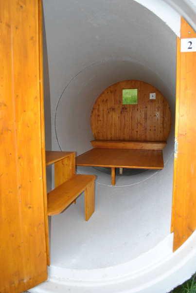 Inneneinrichtung: Zimmer in der Betonröhre
