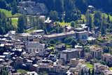Luftbild vom Ortskern Leukerbad