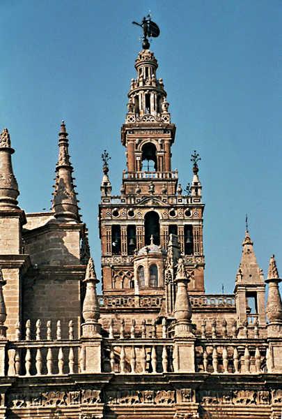 Die Glocken der Giralda und Kathedrale
