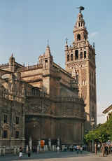 Giralda und Kathedrale