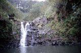 Einer der vielen Wasserfälle neben der Road 360 nach Hana von Hihawai